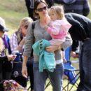 Jennifer Garner attends her daughter Violet's weekly soccer practice at the local park