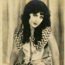 Virginia Brown Faire - 454 x 593