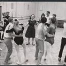 110 in the Shade Original 1963 Broadway Cast. Agnes de Mille (Pictured) Teaches Dance Steps To The Shows Dancers - 454 x 318