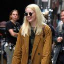 Emma Stone – Filming 'Maniac' set in New York - 454 x 651
