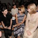 Taylor Swift was spotted chatting away with Rooney Mara and Anna Wintour at the Spring 2012 Fashion Show for Rodarte - 449 x 600