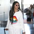 Camila Alves – Arrives at JFK Airport in New York - 454 x 627
