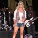 Jessica Simpson - Performs At Sea World In Association With 'Bud & BBQ', 2009-09-05
