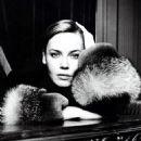 Connie Nielsen - 454 x 637