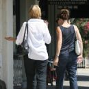 Jennifer Garner Gets Her Nails Done With Mother In Law At A Brentwood Salon, 2.9.2008