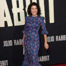 Lisa Edelstein – 'Jojo Rabbit' Premiere in Los Angeles - 454 x 665