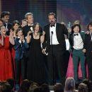 The Stranger Things Cast - SAG Awards 2017 - 454 x 260