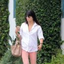 Selma Blair: at Urth Cafe in Sta Monica