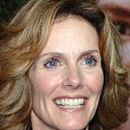 Julie Hagerty - 150 x 200