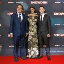 Snowden (2016) - 454 x 376