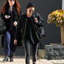 Kristen Stewart seen in Hollywood, California on January 28, 2017 - 454 x 583