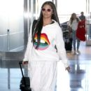 Camila Alves – Arrives at JFK Airport in New York - 454 x 661