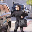 Jennifer Garner last minute errands in Beverly Hills, December 24, 2011