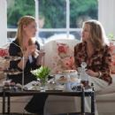 Jen (Katherine Heigl, left) and Mrs. Kornfeldt (Catherine O'Hara, right) in KILLERS. Photo credit: Melissa Moseley - 454 x 303