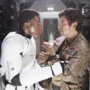 Star Wars: The Force Awakens (2015) - 454 x 303