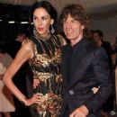 L'Wren Scott and Mick Jagger at 2011 MET Costume Institute Gala - 454 x 607