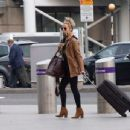 Caroline Flack flees the UK - 454 x 346