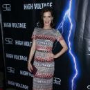 Perrey Reeves – 'High Voltage' Premiere in Los Angeles - 454 x 698