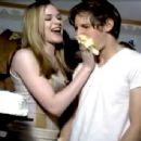 Evan Rachel Wood and Jamie Bell - 454 x 343