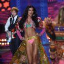 Shanina Shaik 2014 Victorias Secret Fashion Show Runway Nyc