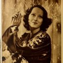 Merle Oberon - Modern Screen Magazine Pictorial [United States] (March 1938) - 454 x 644