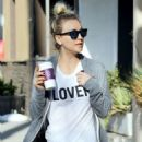 Kaley Cuoco – Leaving the gym with friends in Studio City - 454 x 681