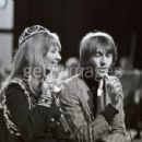 Lulu And Maurice Gibb - 454 x 300