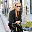 Ali Larter - Out And About, Shopping And Picking Up Lunch In Beverly Hills. In The Evening Ali Stopped By The Gym For A Pilates Session. - November 13 2008