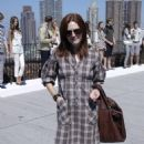 Julianne Moore - Spring 2009 Collection Preview, 05.09.2008.