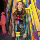 Elizabeth Chambers – Louis Vuitton Maison Store Launch Party in London - 454 x 797