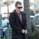 Hayden Christensen meets some friends for lunch in Beverly Hills, California on January 8, 2015 - 441 x 594