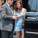 Debra Messing – Leaving XIV Karats in Beverly Hills - 454 x 681