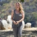 Alicia Silverstone – Out on a hike with her dogs in Los Angeles - 454 x 665