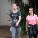 Miranda Cosgrove – Make up free with a friend in Los Angeles - 454 x 650