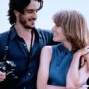 Dermot Mulroney and Bridget Fonda