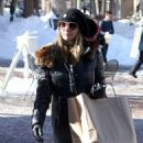 Lori Loughlin goes out on Christmas Eve to do a little last minute shopping in Aspen, Colorado on December 24, 2014 - 454 x 546