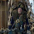 Pirates of the Caribbean: Dead Men Tell No Tales - Movie Stills - 454 x 190