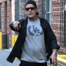 Charlie Sheen is seen leaving a medical building after a check-up in Beverly Hills, California on September 1st, 2015 - 438 x 600