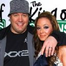 Leah Remini and Kevin James