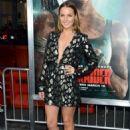 Camilla Luddington – 'Tomb Raider' Premiere in Hollywood - 454 x 647