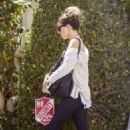 Kate Beckinsale – Returns home from a gym session in Pacific Palisades