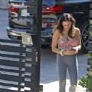 Jenna Dewan – Gets her groceries