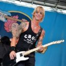 Duff McKagan performs at the 2012 CBGB Festival on July 7, 2012 in New York City - 454 x 577