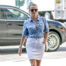 Reese Witherspoon – Arrives for a doctor's appointment in Westwood