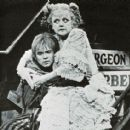 Sweeney Todd The Demon Barber Of Fleet Street 1979 - 454 x 413