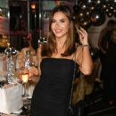 Shelby Tribble – Style Cheat's Christmas Party in London - 454 x 637