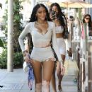 Winnie Harlow – With friends at Il Pastaio restaurant in Beverly Hills - 454 x 681