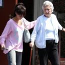 Jennifer Love Hewitt: Sizzler With Grandma
