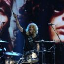 Steven Adler perform at the Rock N Roll Hall of Fame Induction on April 14, 2012 - 410 x 594