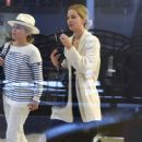 Jennifer Lawrence – Arriving at JFK Airport in New York City - 454 x 681